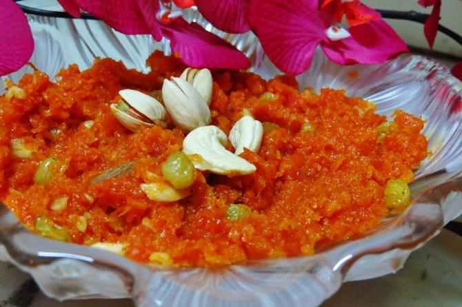 carrot halva gajjar halwa Indian dessert